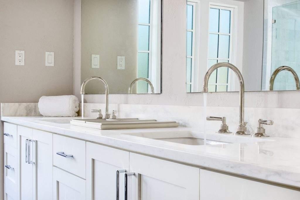 interior design austin | white bathroom with double sinks | austin, texas