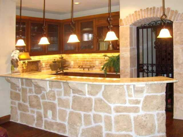 interior design austin | wet bar with stone | austin, texas