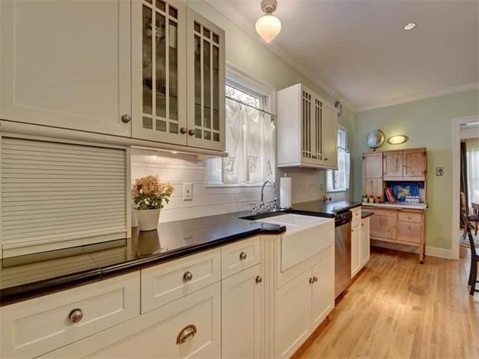home interiors Austin | bryker woods kitchen before | austin, texas