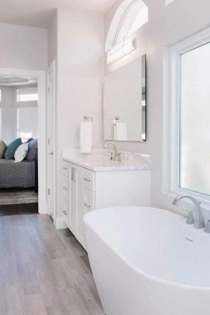 Northwest Balcones - interior design austin | white free standing tub 1 | austin, texas