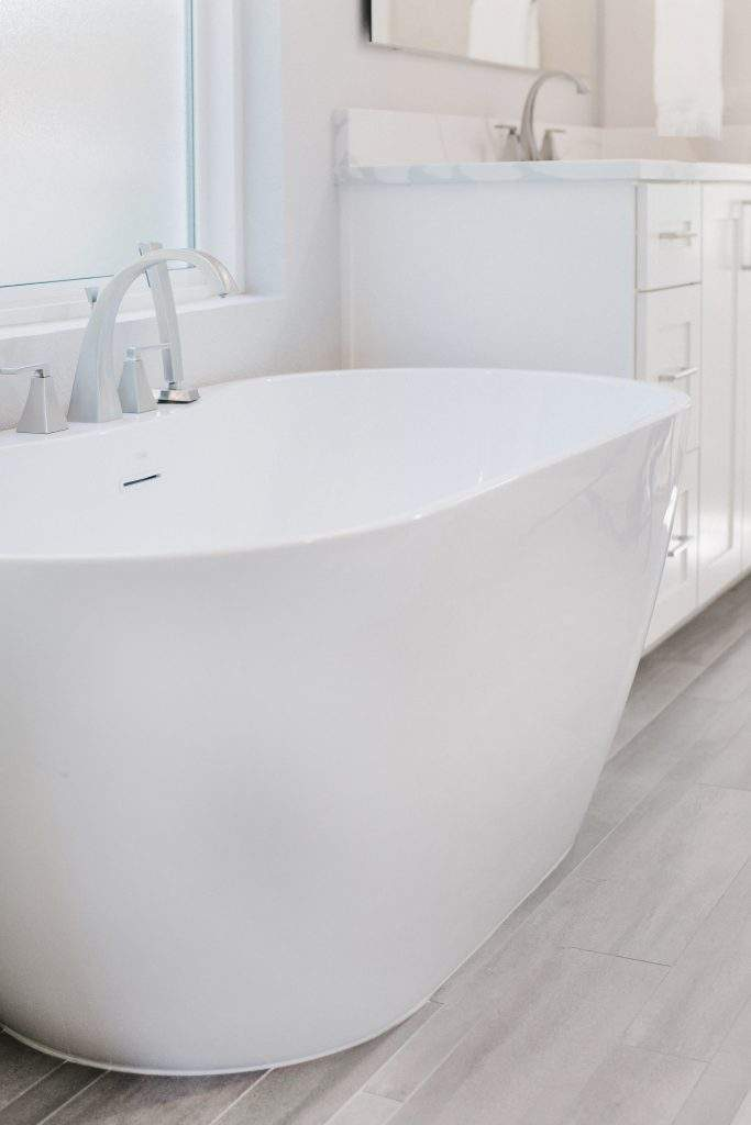 Northwest Balcones - interior design austin | white free standing tub | austin, texas